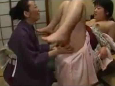 六十路熟女の老婆が成人式を迎えた可愛い貧乳孫娘に欲情しクンニで近親相姦レズレイプ!