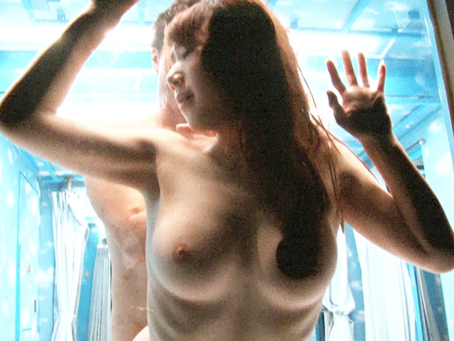 30代の桃尻で色白美人な若奥様をAV男優の大島丈がGETしてパコるw みなみ@PornHub