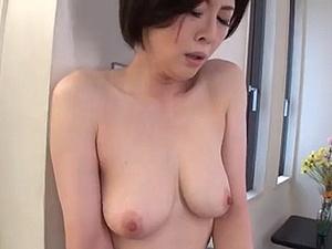 40代後半にしてキレイな乳房をしたモーレツにエロ~イ熟女とセクロス