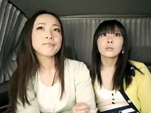母と娘をまとめてゲット!ママにイタズラして娘さんとホテルで・・・!!