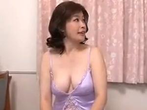 ムチポチャ爆乳な40代熟妻がエロエロモード全開!濃ぉ~い性交!!!