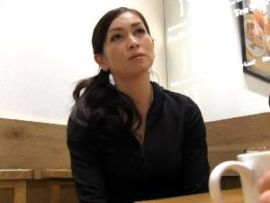 ミュージカル女優の初撮り!気高さを感じる美貌!こんなイイ女が脱ぐなんて…