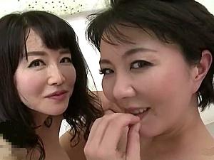 モーレツ色香を振りまくムンムンおば様たちのアダルチック性交!