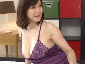 豊乳豊尻な50代マダム!衰えぬ肉欲、色香ムンムンの淫熟!