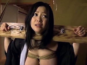 ムッチリ女体を縛り上げる!身動きの取れない妖艶女を犯しまくる!!!