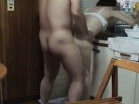五十路の素人熟女が息子と近親相姦SEXするガチの盗撮動画!キッチンで生ハメする姿が生々しい